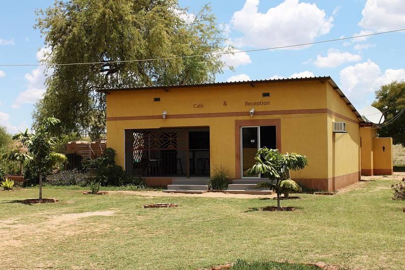 Divundu Guest House: Okavango Panhandle - Guest House